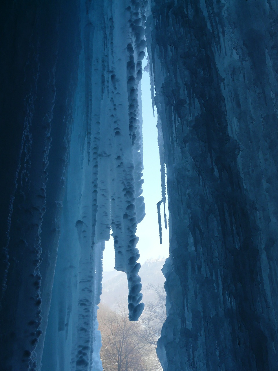 ice curtain icicle ice formations free photo