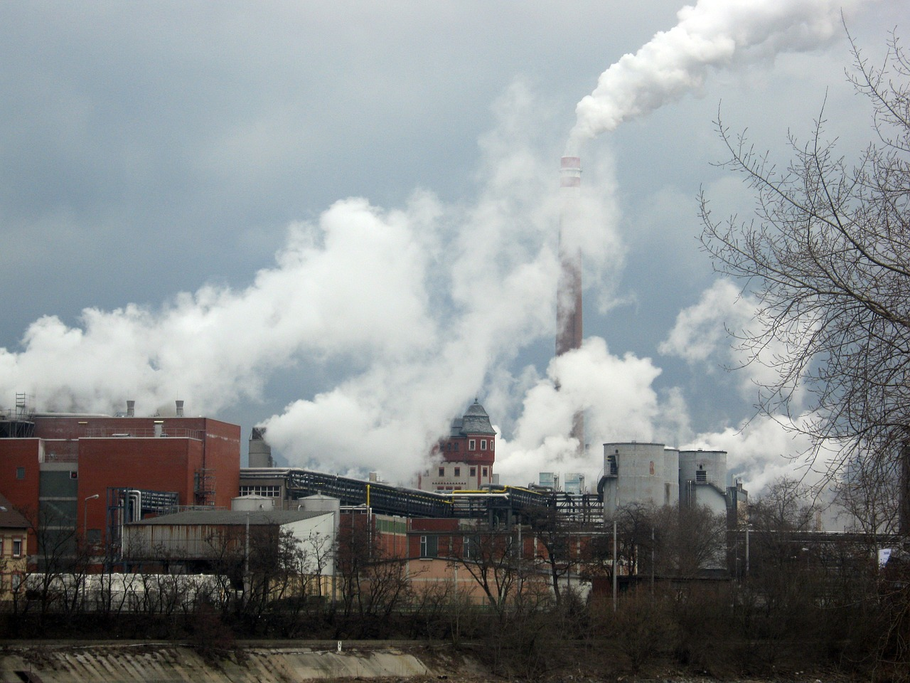 industrial plants smoke chimneys free photo