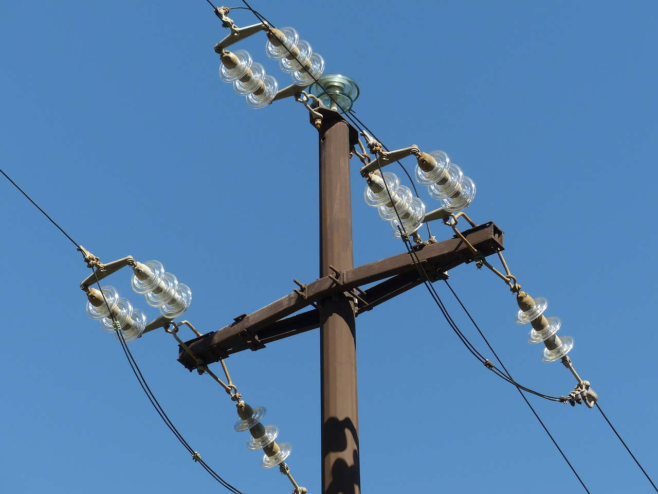 insulators overhead line electricity pylon free photo