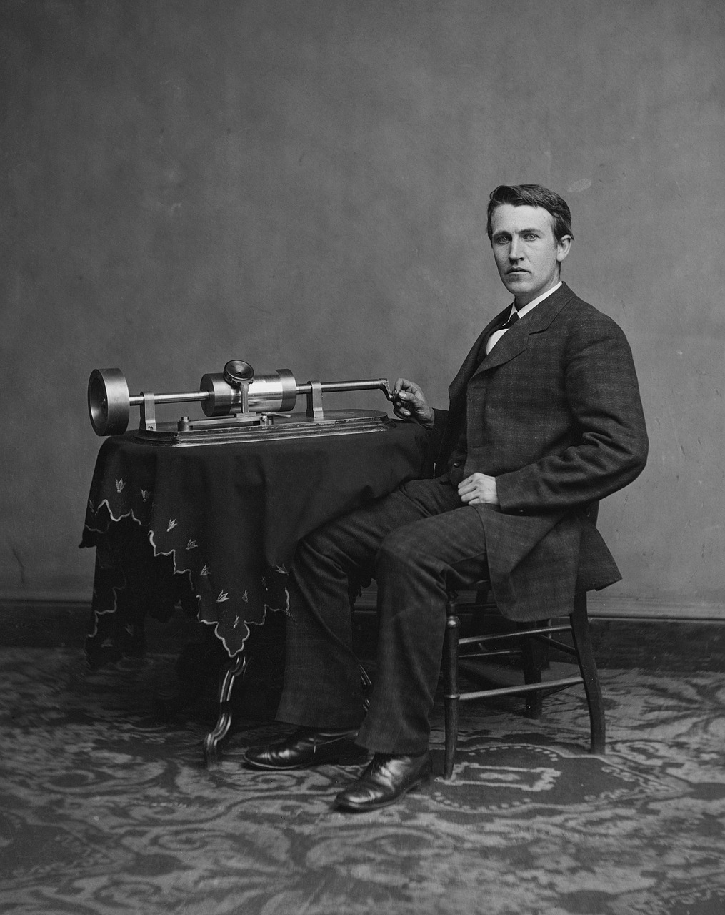 inventor thomas alva edison portrait free photo