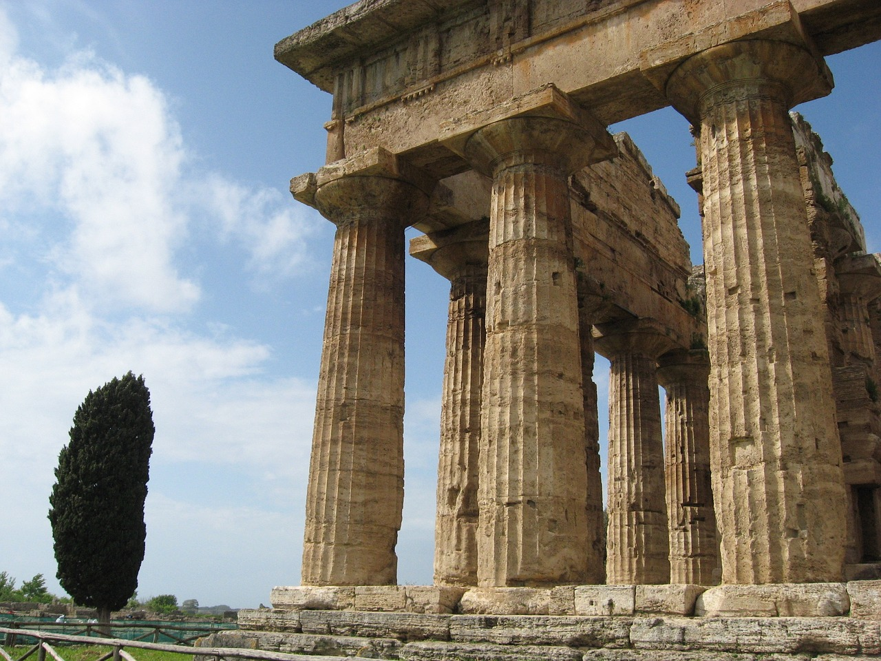 italy paestum ancient history free photo