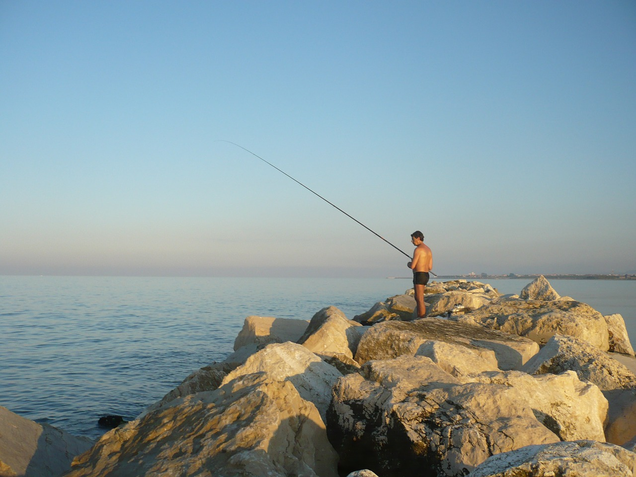 italy san benedetto del tronto fisherman free photo