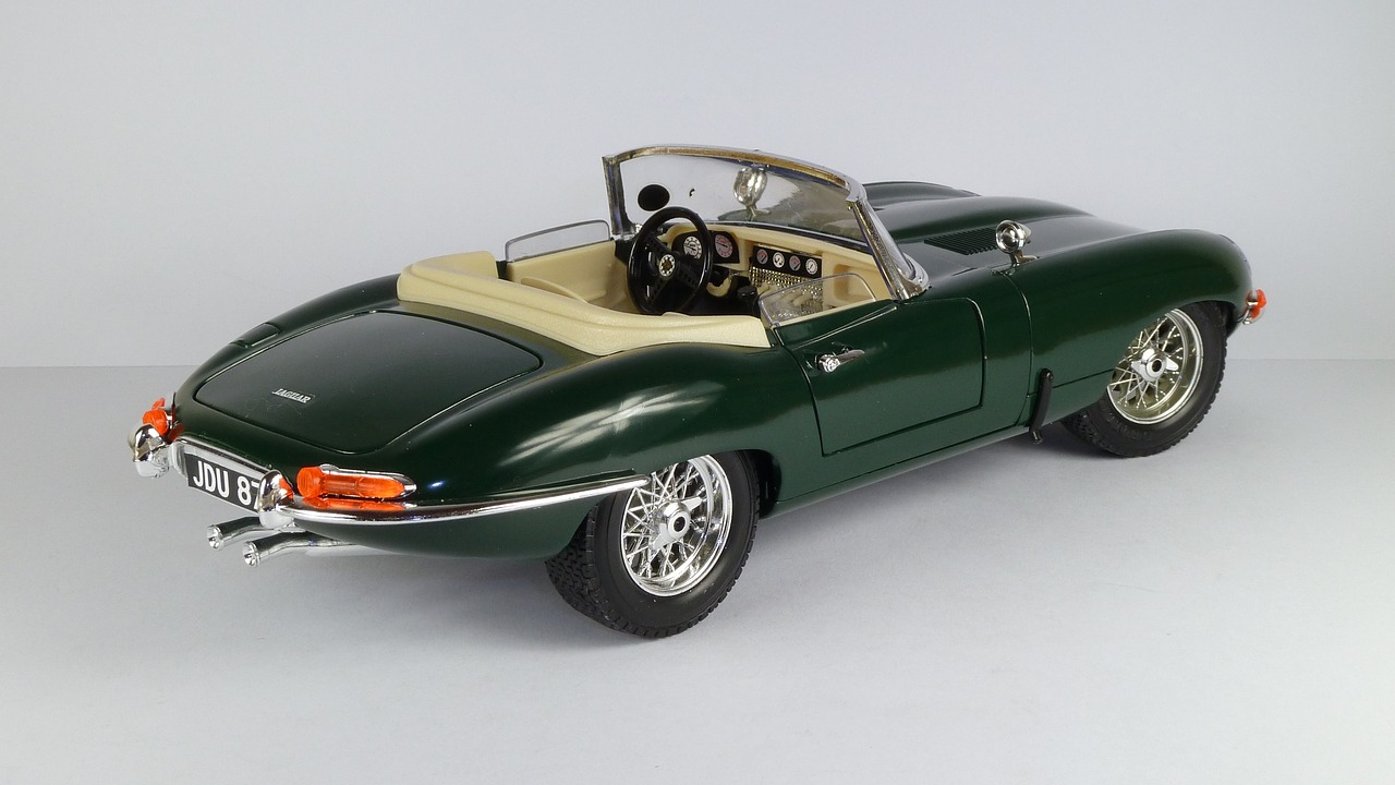 jaguar  e-type  cabrio free photo