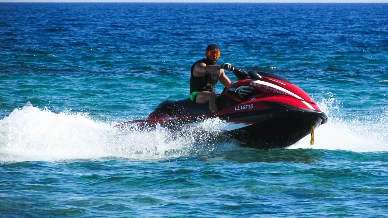 Jet Skiing in Singapore
