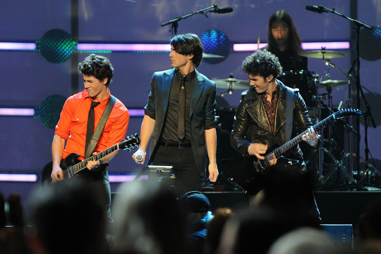 jonas brother entertainers singers free photo
