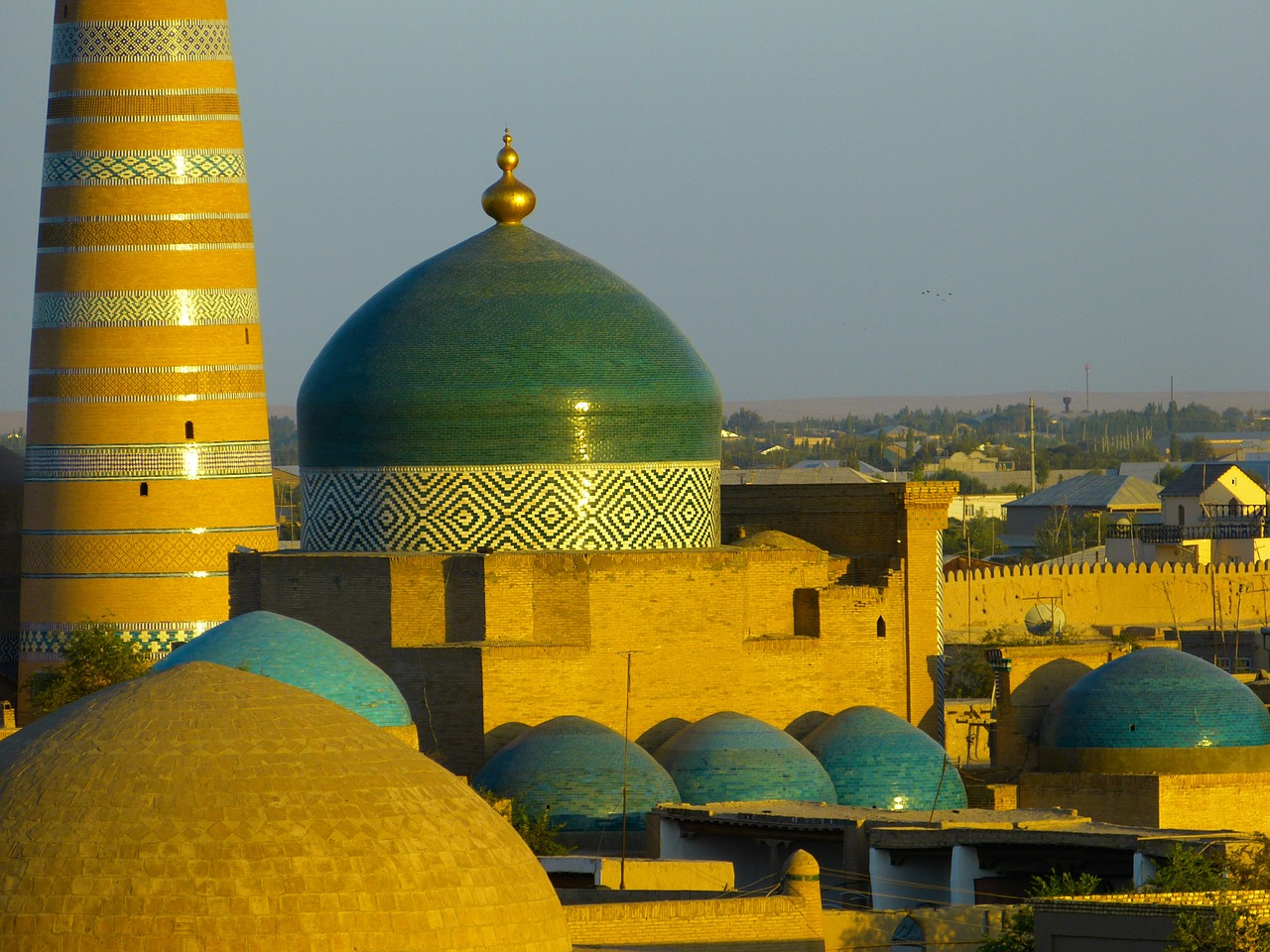 khiva city city view free photo