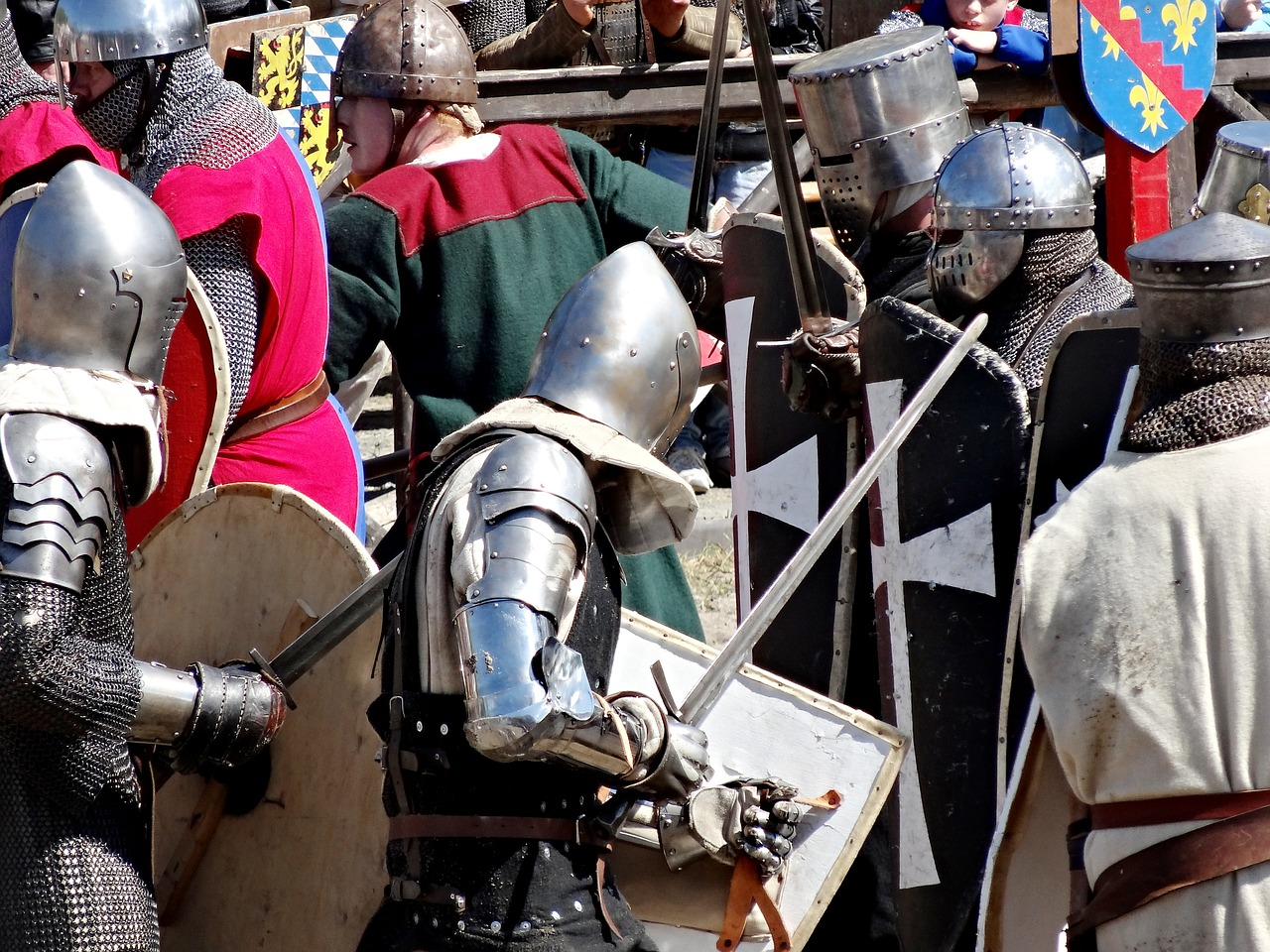 Knight games,knight,armor,fight,swords - free image from ...