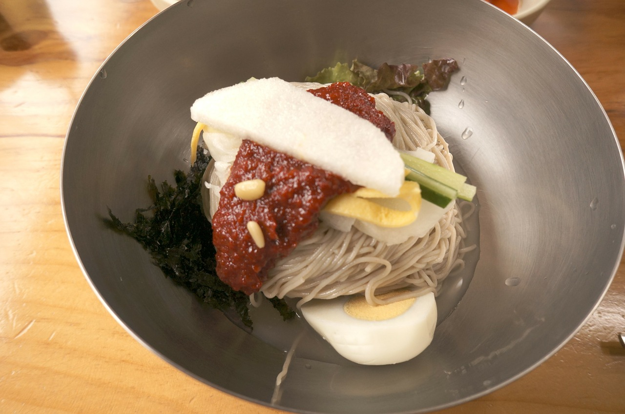 korean food noodle food free photo