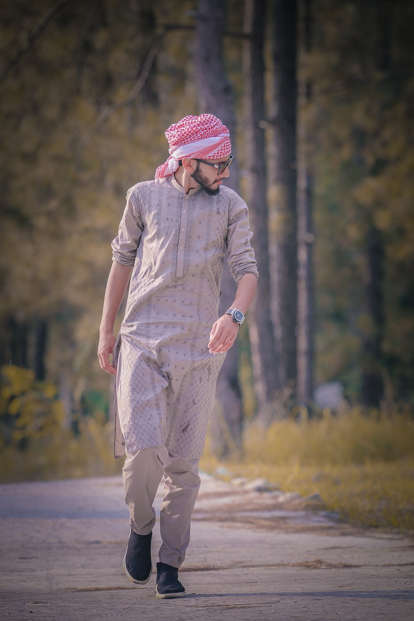 kurta  fashion  style free photo