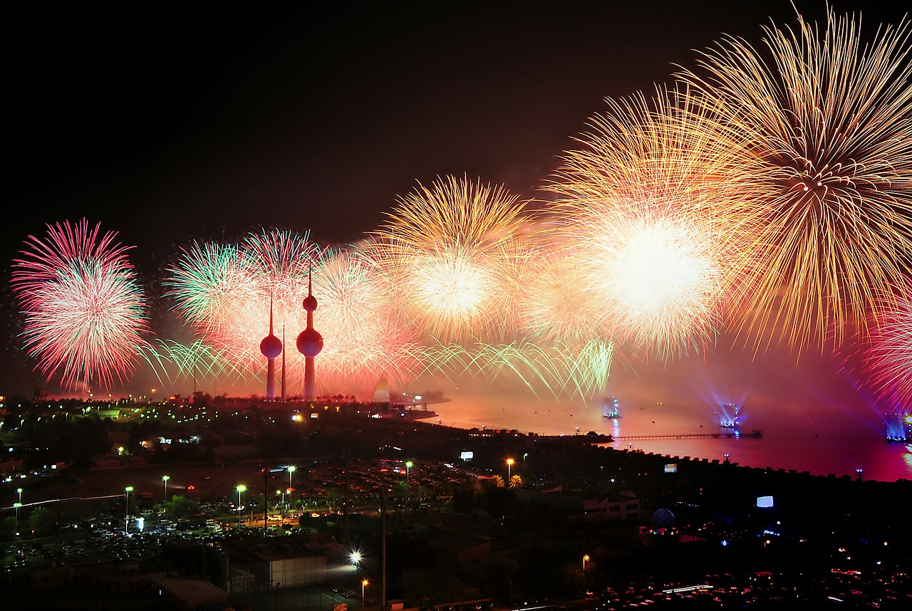 kuwait fireworks display free photo