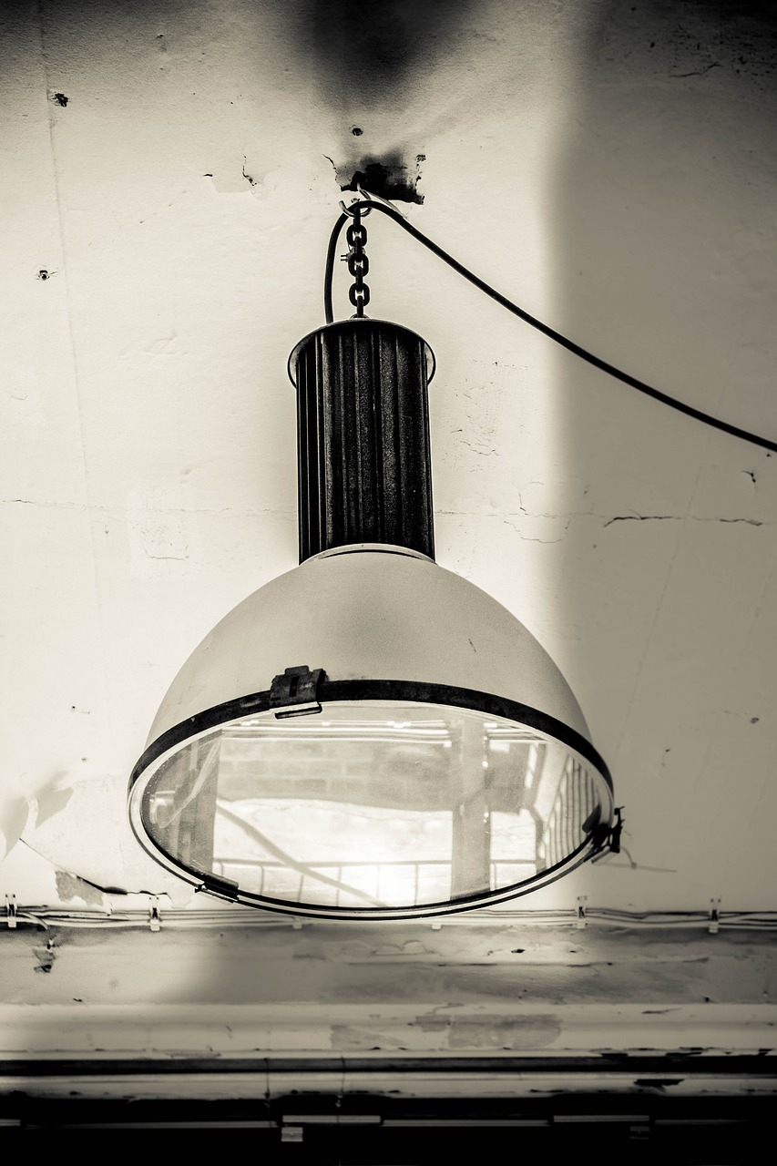 lamp furniture vintage free photo