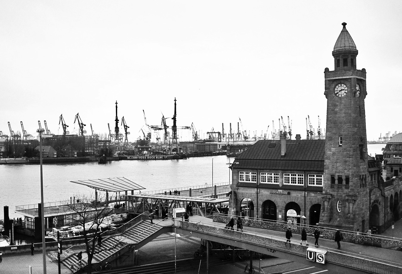 landungsbrücken port of hamburg pegelturm free photo