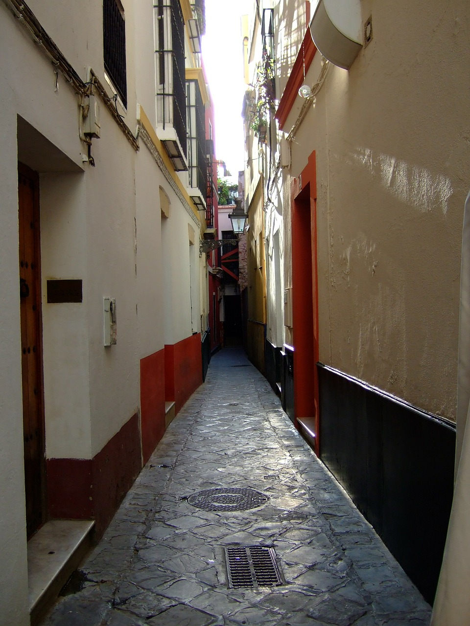 Lane,santa cruz,seville,andalusia,spain - free image from needpix.com