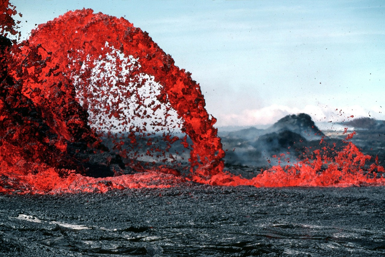 lava magma volcanic eruption free picture