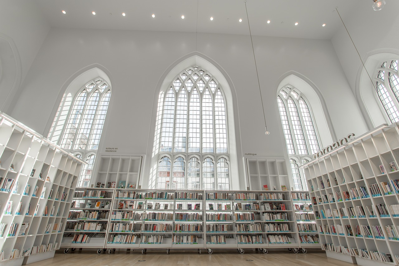 library church architecture free photo