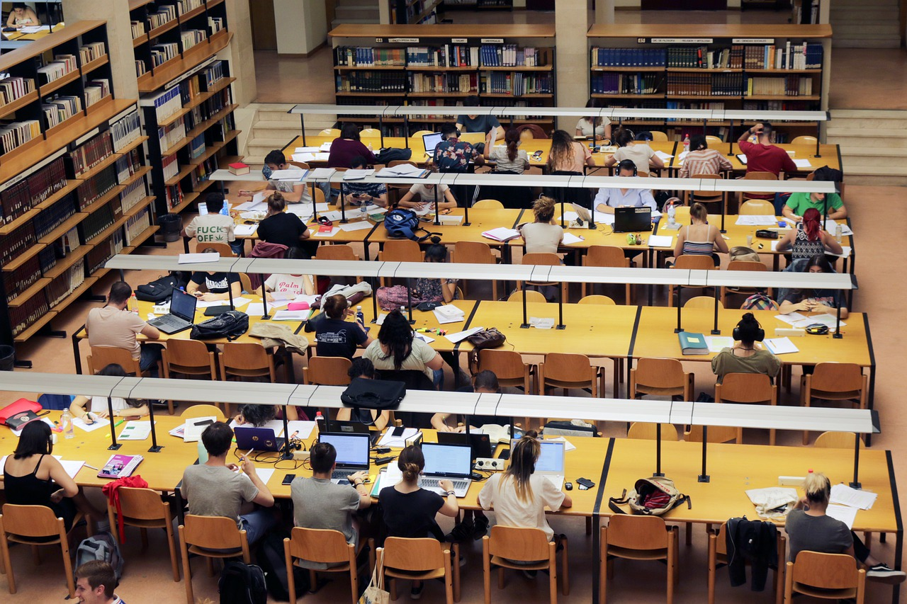 Library, study, university, books, i am a student - free image from  needpix.com