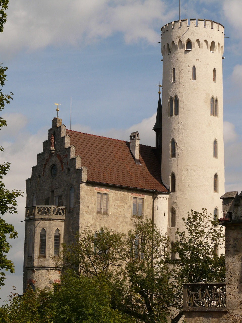 lichtenstein castle knight's castle free picture
