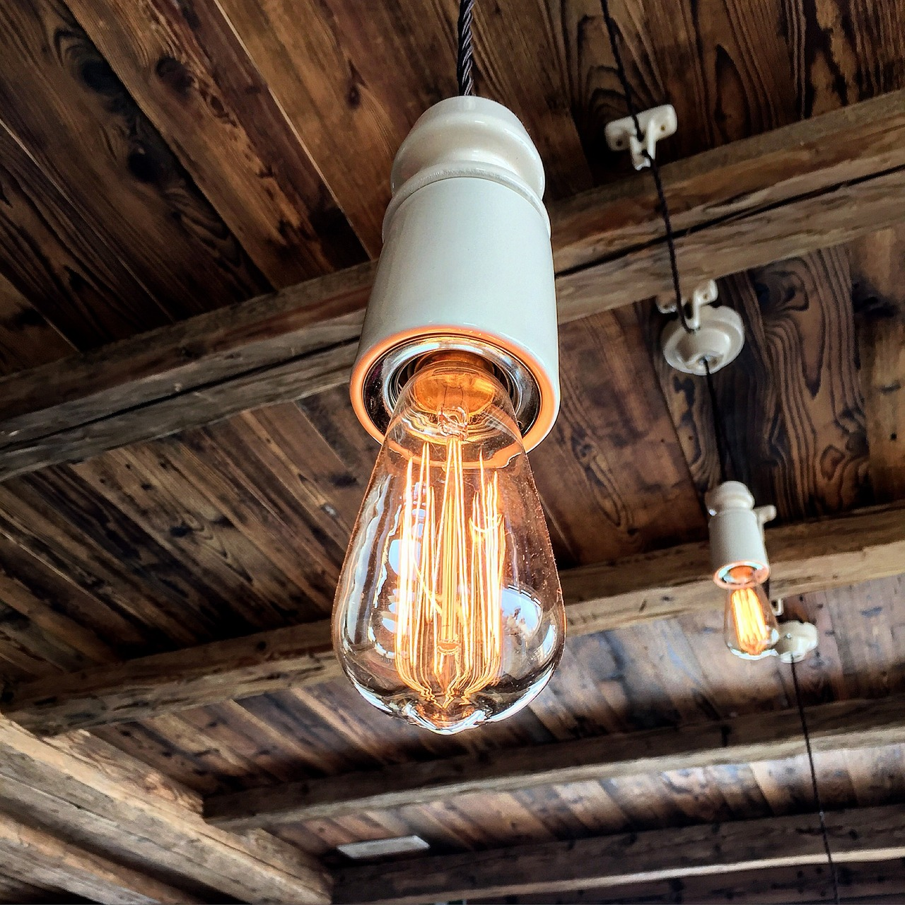 light,baita,refuge,wood,furniture,free pictures, free photos, free images, royalty free, free illustrations, public domain