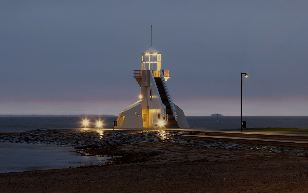 lighthouse finland dusk free photo