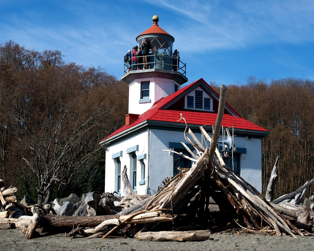 lighthouse, point robinson, maury island, vashon island, house, building, architecture, sky, outdoors, historic, washington, puget sound, landscape, structure, seascape, beach, unique, shore, driftwood, coastal, nautical, travel, island,free pictures, free photos, free images, royalty free, free illustrations, public domain