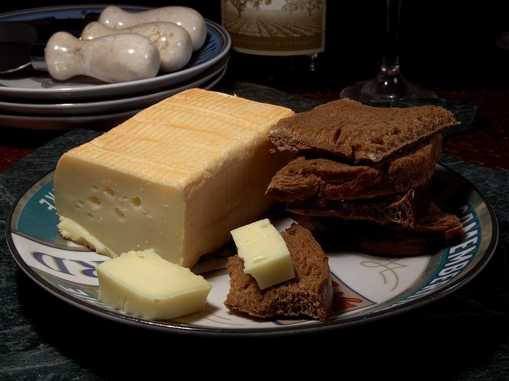 limburger cheese stink aroma free picture
