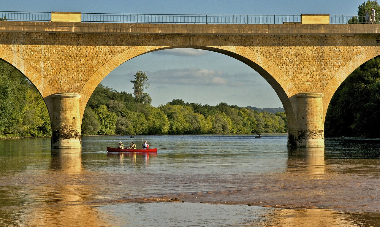 limeuil france bridge free photo