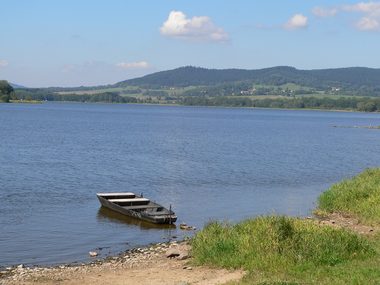 lipno lake water lake free photo