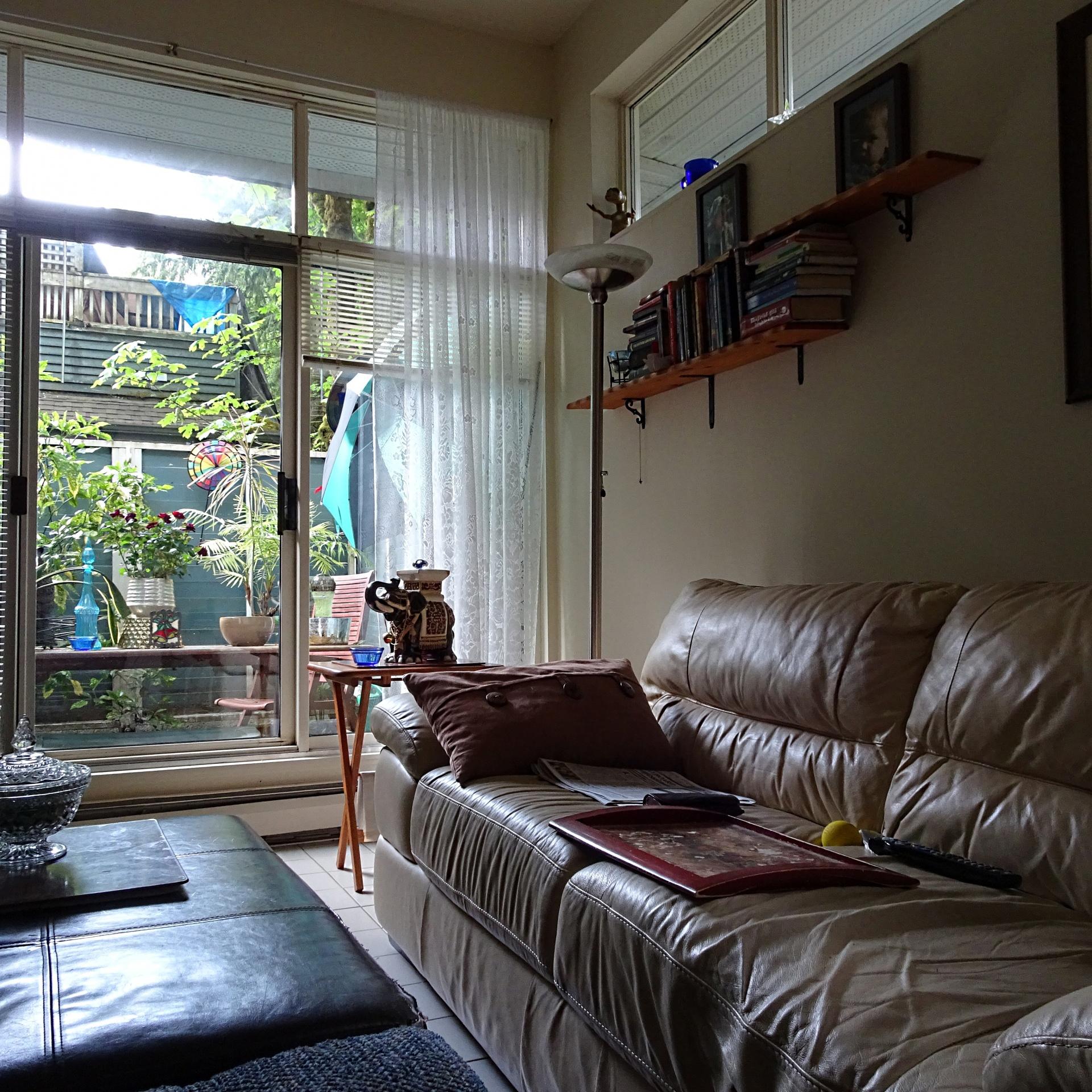 living-room-1496263372rn8