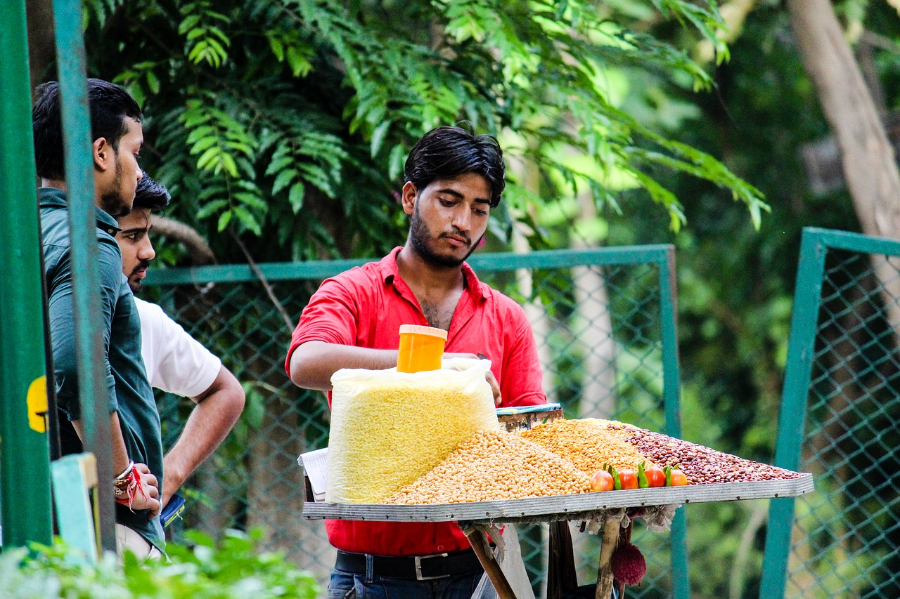 local seller indian vendor free photo