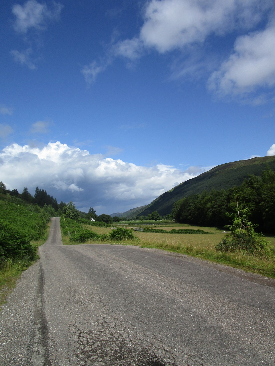 loch lochy highlands free photo
