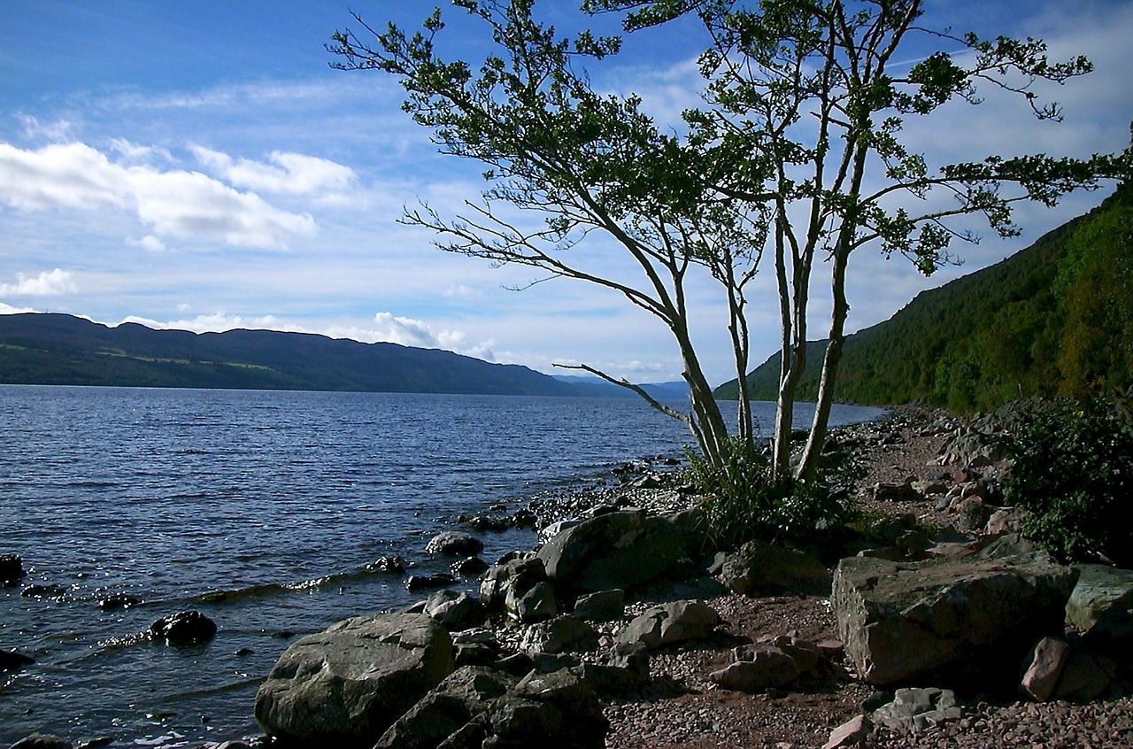 loch ness hole lake free photo
