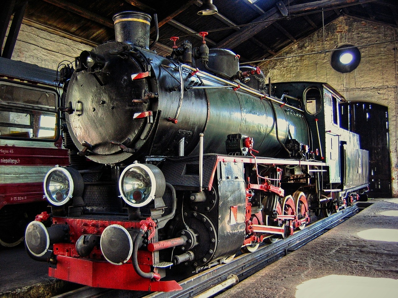 Locomotive,train,the roundhouse,the museum,steam locomotive