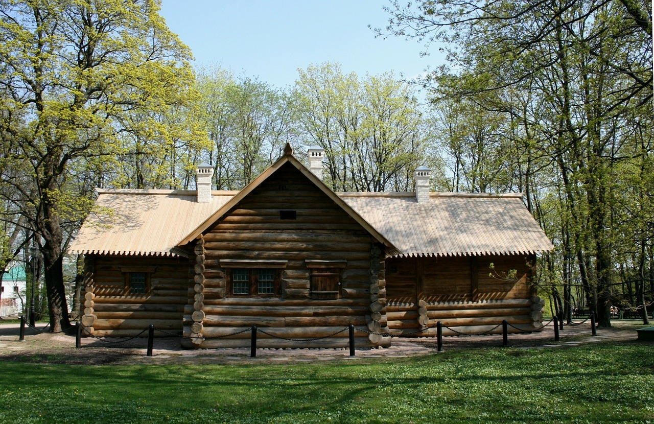 log cabin wood cabin hut free photo