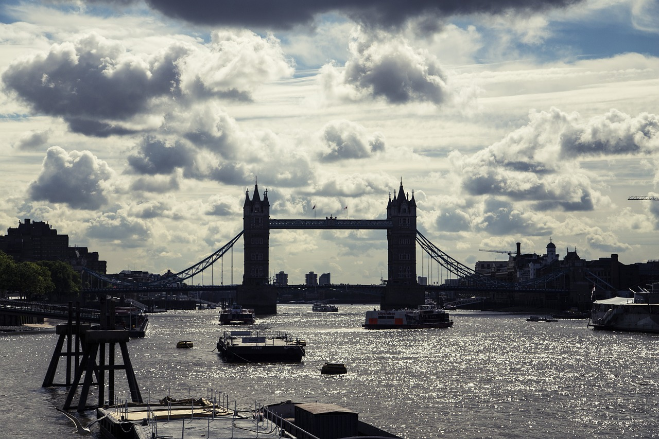 london london bridge sky free photo