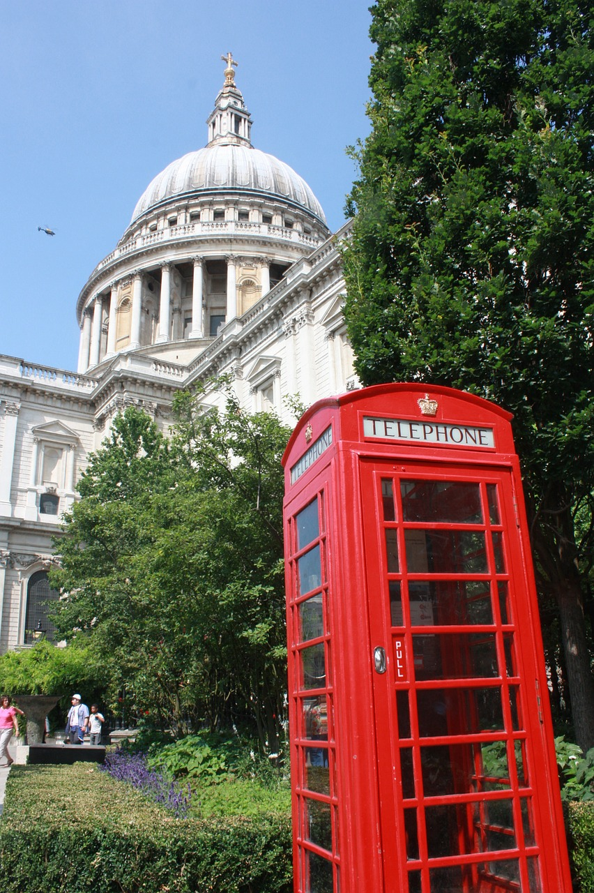 london,telephone booth,red,cathedral,england,free pictures, free photos, free images, royalty free, free illustrations