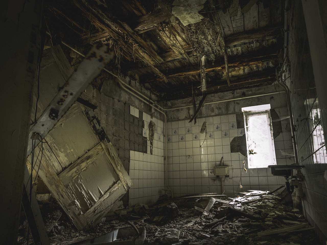 lost place horror abandoned building free photo
