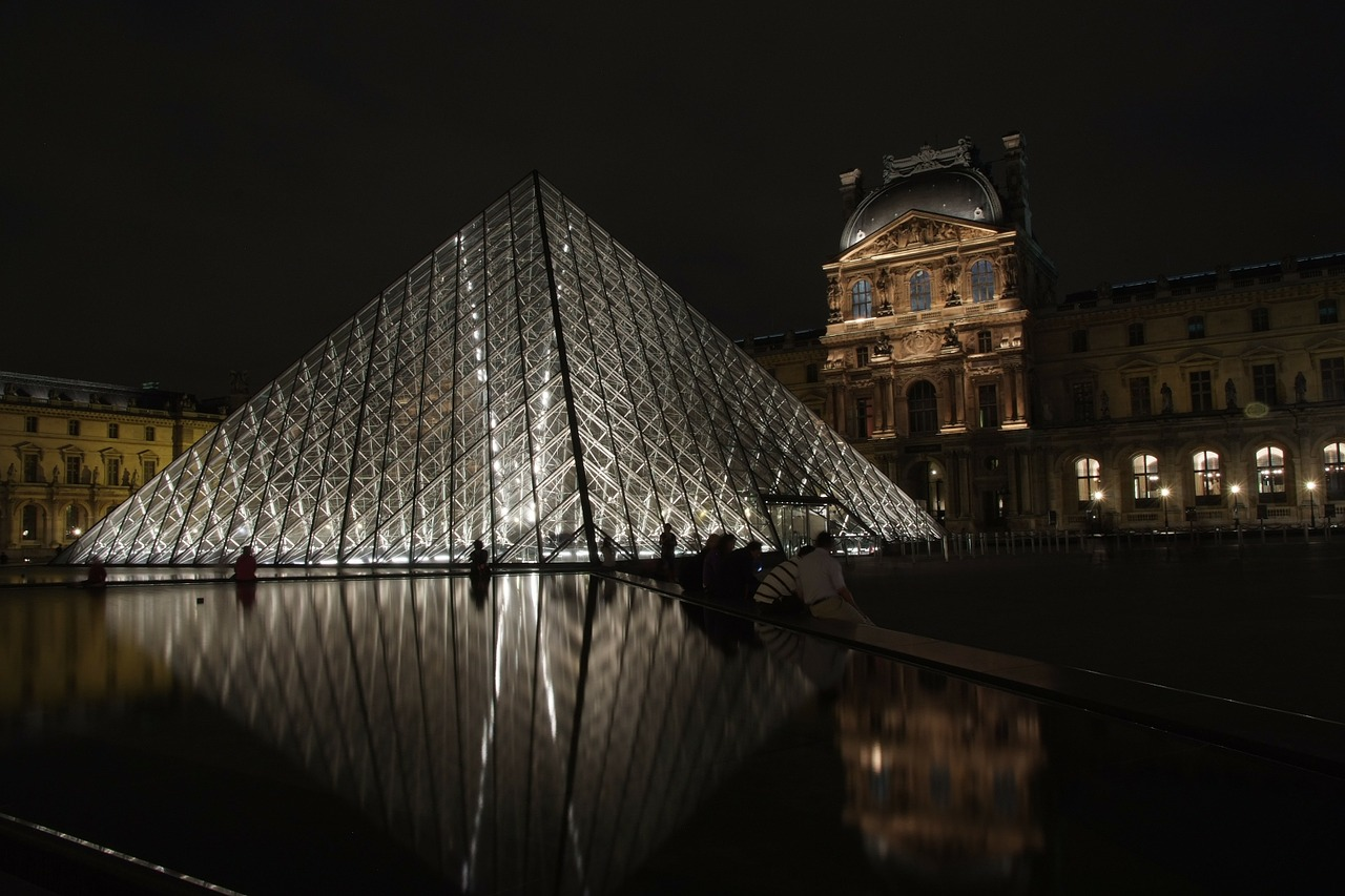 louvre night france free photo
