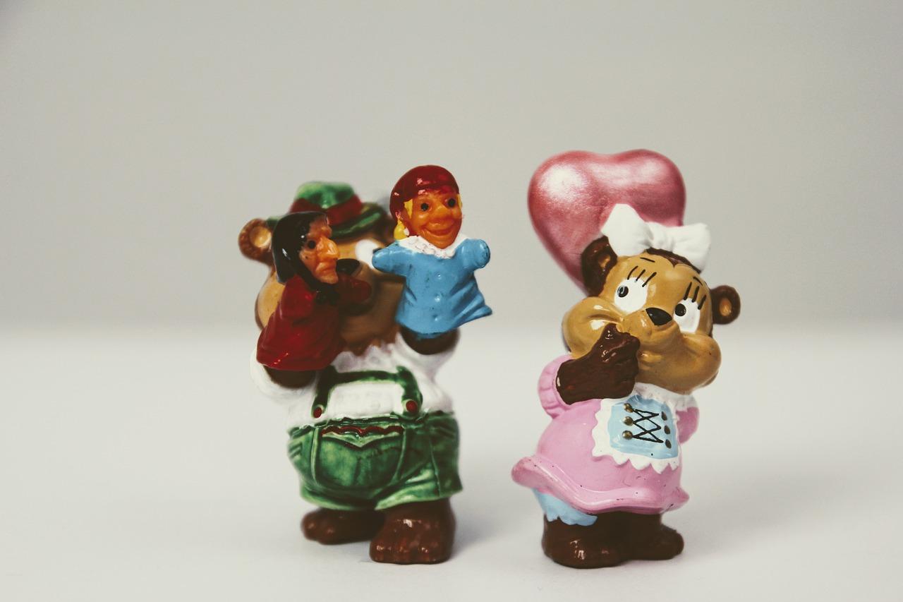 Lovers,toys,überraschungseifigur,pair,love - free image from needpix.com