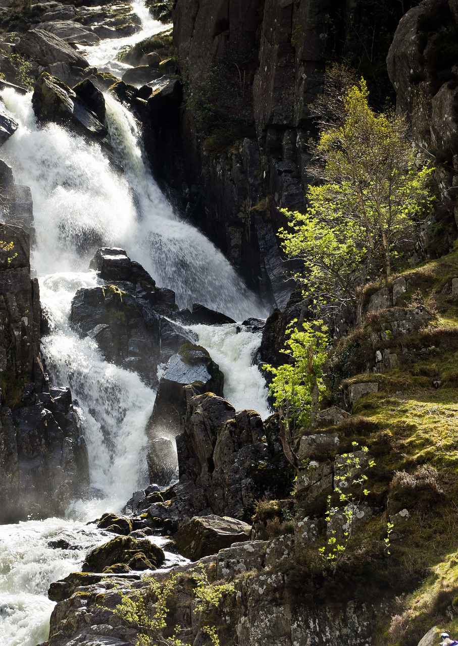 lower ogwen waterfall wales snowdonia free photo