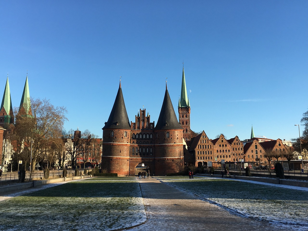 lübeck holsten gate landmark free photo