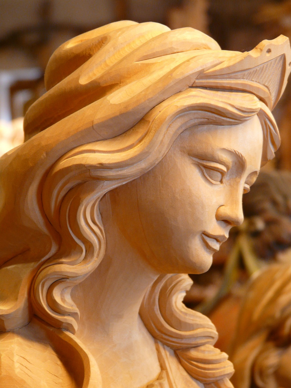 madonna,wood,carved,figure,girl,woman,face,pretty,grace,carving,holzfigur,sweet,in thoughts,dreamy,free pictures, free photos, free images, royalty free, free illustrations, public domain