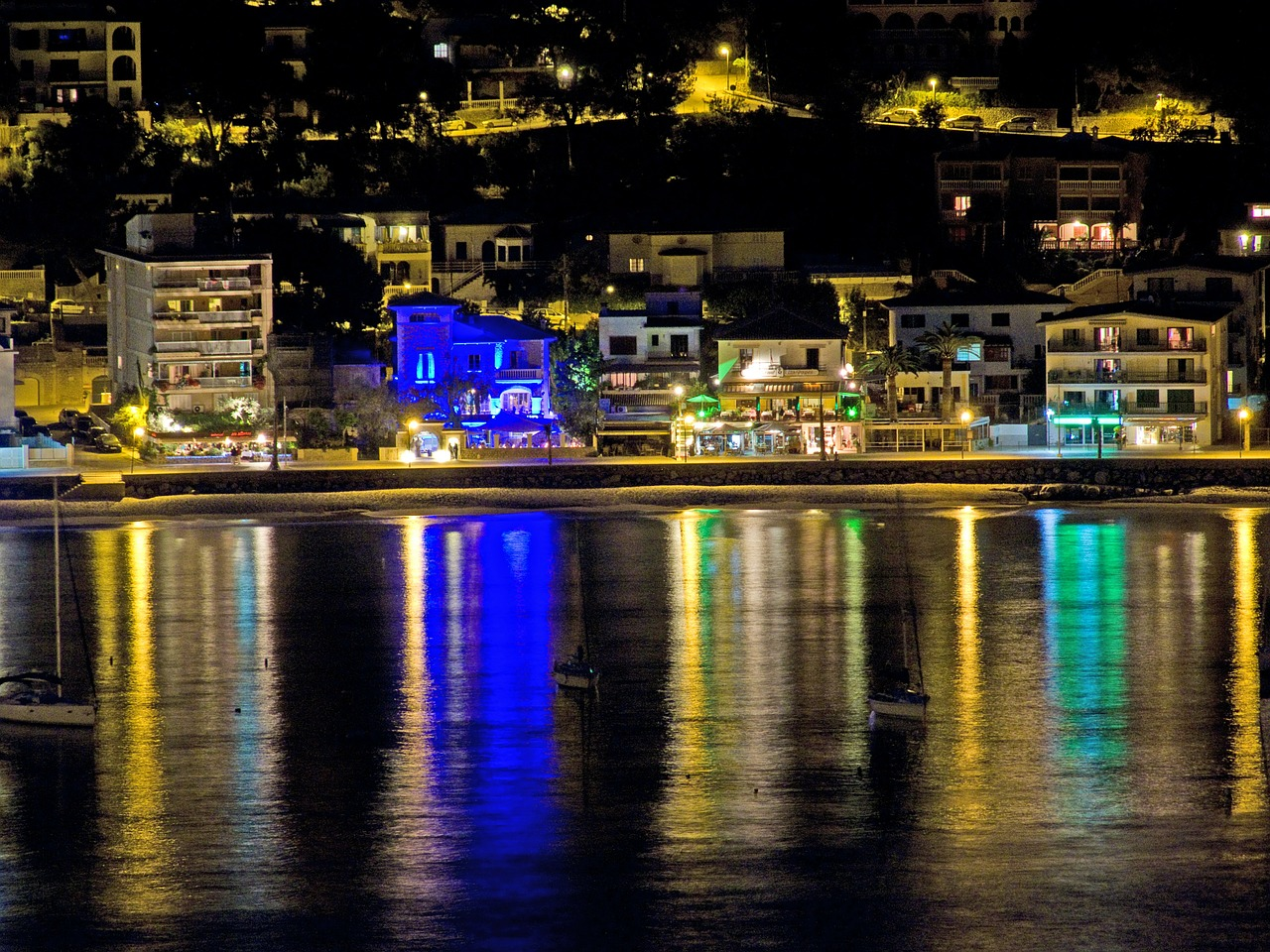 mallorca night port de sóller free photo