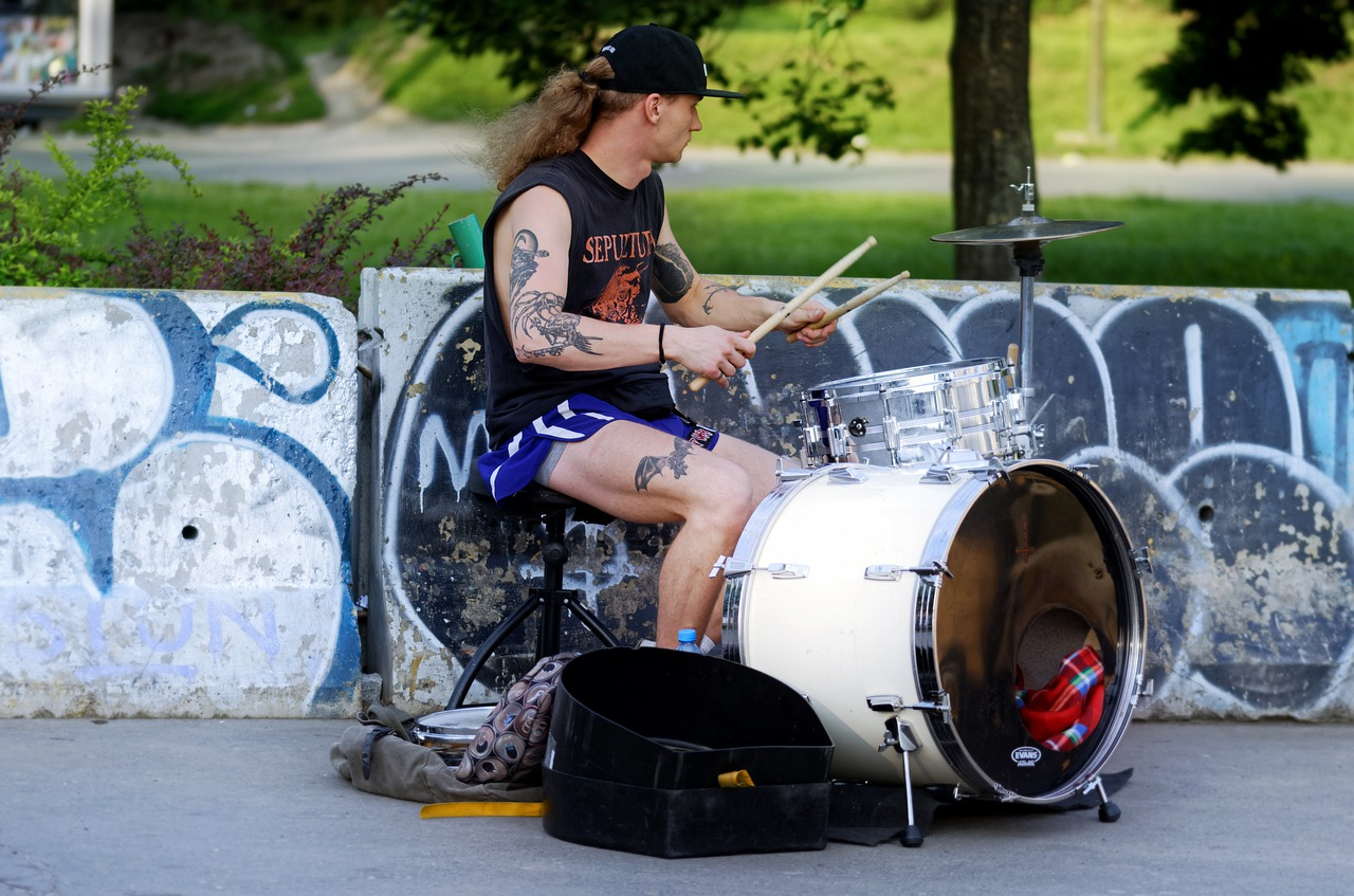 man  young  the drummer free photo