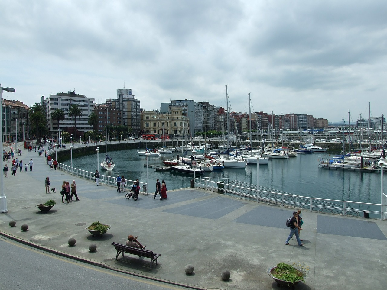 marina spring gijón free photo