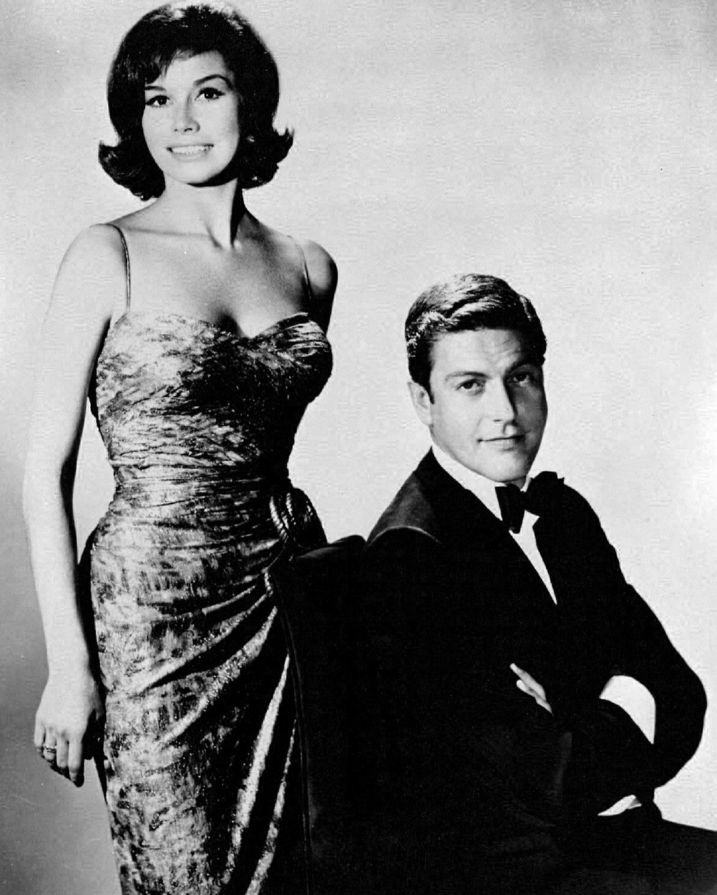 mary tyler moore,dick van dyke,actress,actor,television,tv,retro,vintage,series,dick van dyke show,60's,sitcom,comedy,award winning,family,entertainment,free pictures, free photos, free images, royalty free, free illustrations