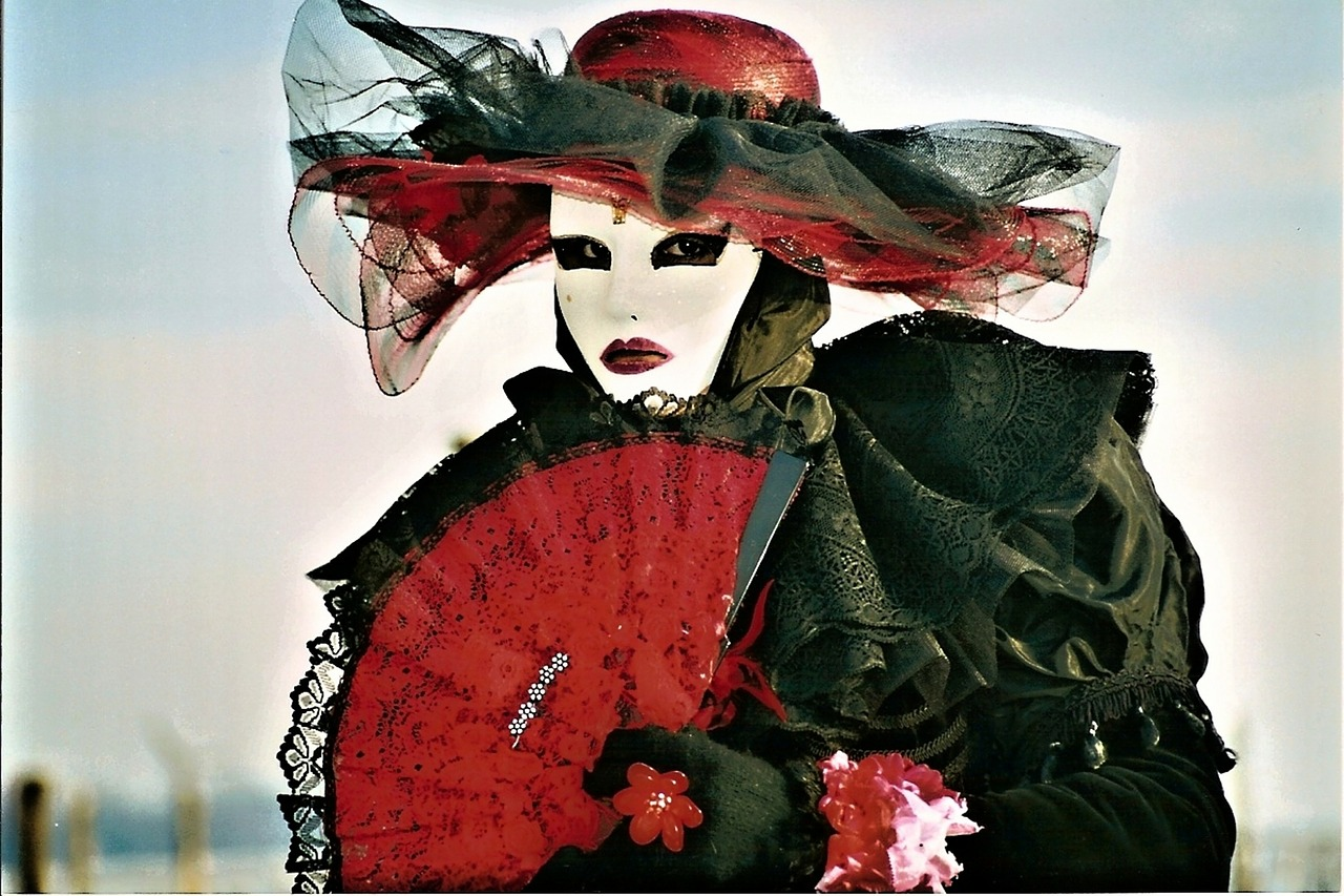 mask red lady free photo