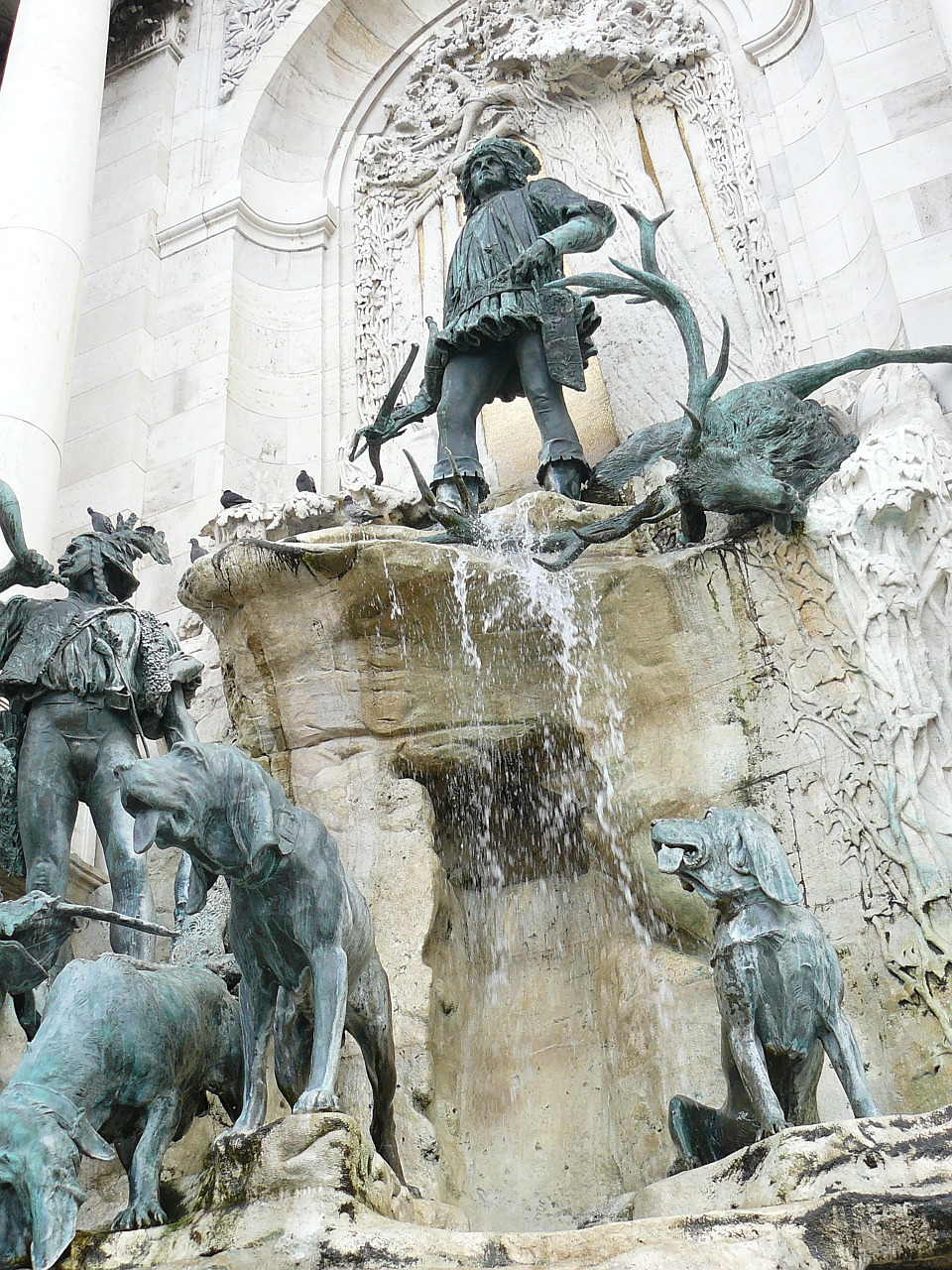 matthias fountain budapest free photo