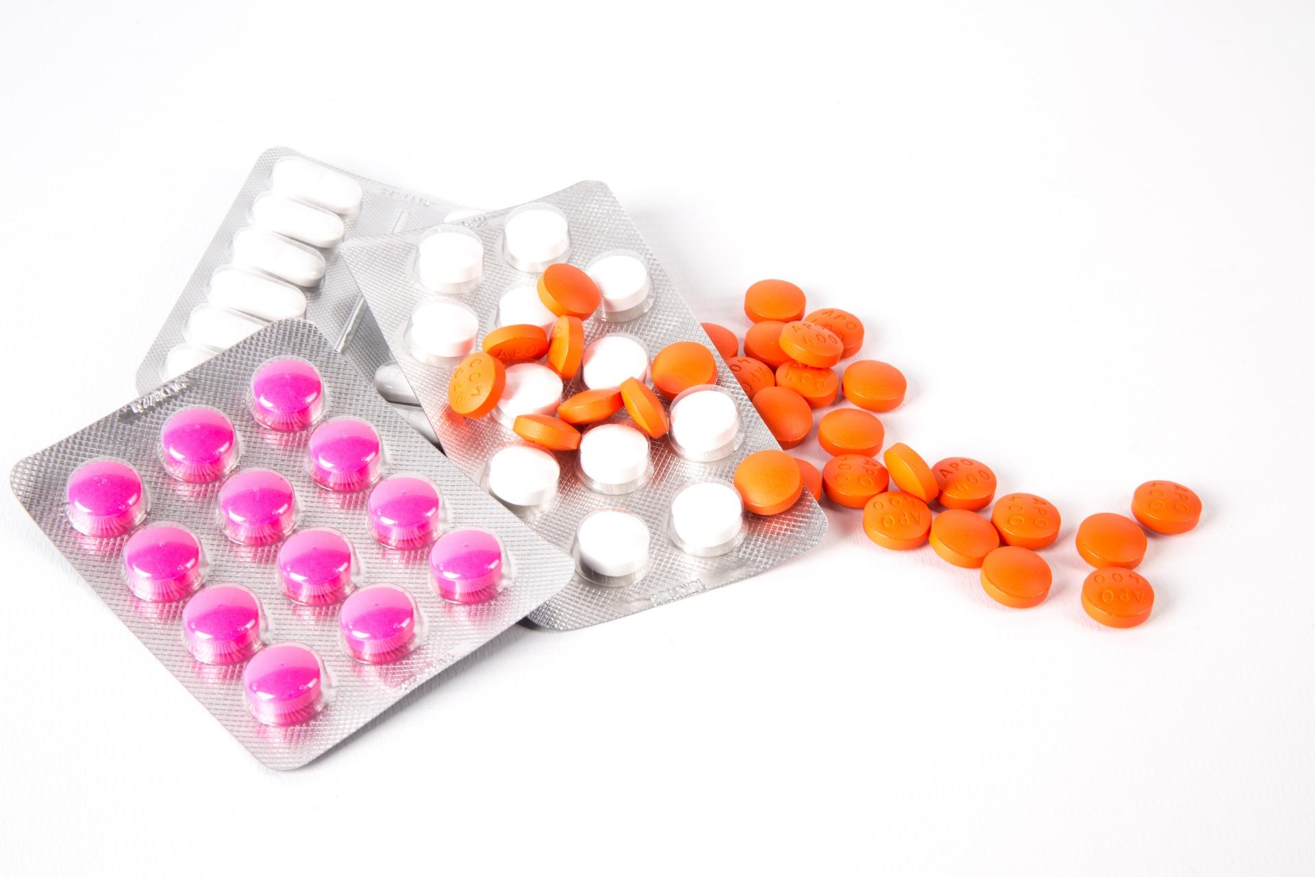 Afbeeldingsresultaat voor medicine addiction