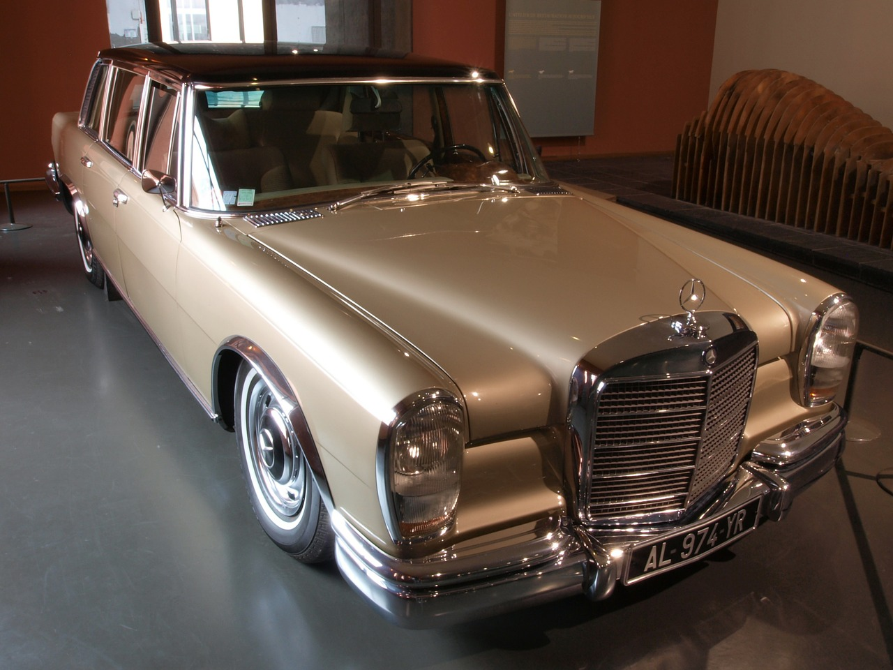 mercedes benz limousine 1967 car free photo