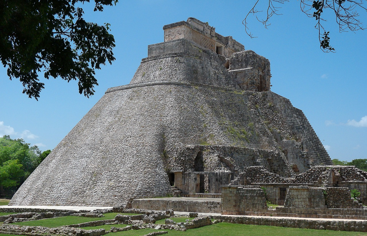 mexico pyramid archaeology free photo